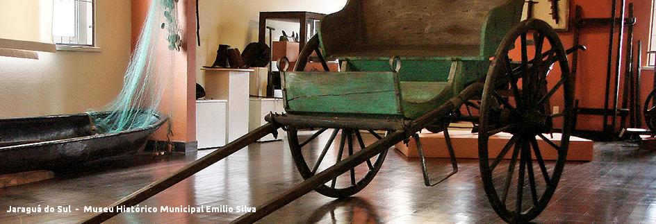 Jaraguá do Sul - Museu Mun. Emilio Silva com legenda